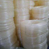 Ống nhựa mềm lưới dẻo trắng Phi 20